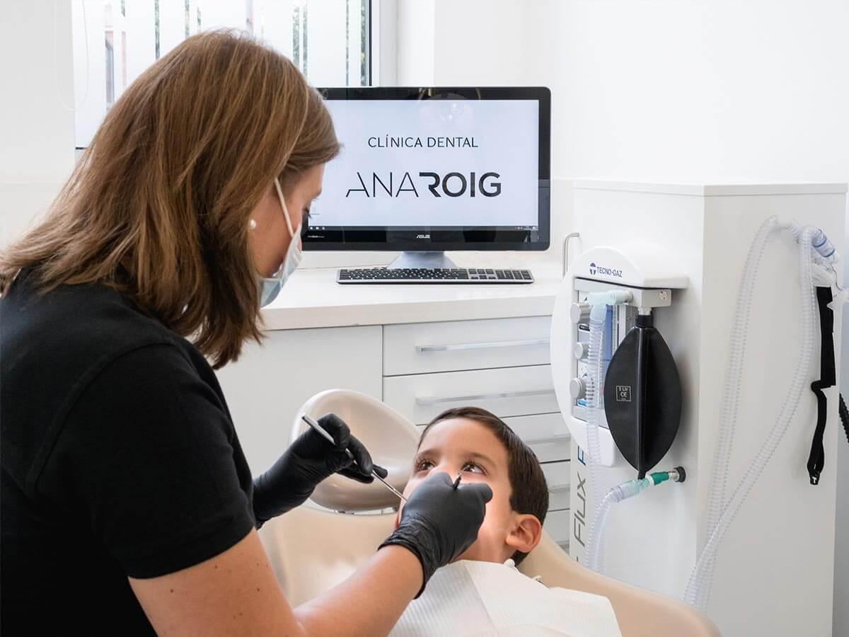 Clínica Dental Ana Roig