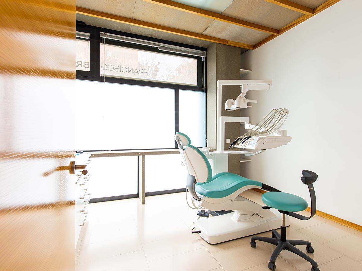 Clínica Dental Francisco Lebreux